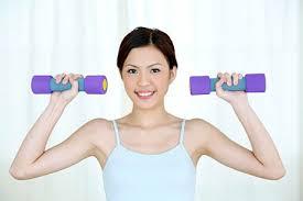 cách làm tăng vòng 1 tự nhiên bằng thể dục